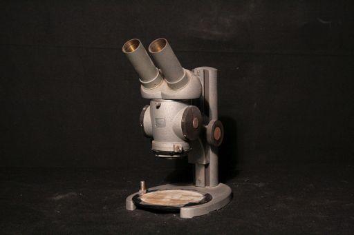 Microscope, ZEISS, 1950-1960, vue de face, © UM