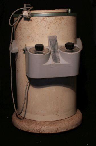 Centrifugeuse, JOUAN, 1975-2000, vue de face, © UM